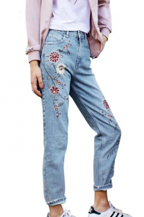 Floral Embroidered High Rise Straight-Cut Jeans