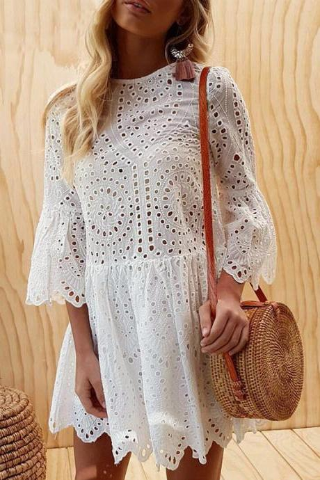 BUTTON LACE ROUND NECK FLOUNCED DRESS